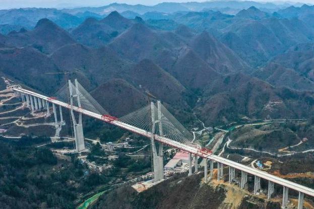 貴州都安高速雲霧大橋建設有序推進